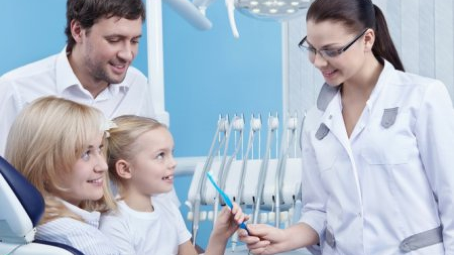 Как помочь ребенку справиться со страхом перед стоматологами