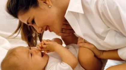 Психомоторное развитие ребенка в 3 месяца. Игры и потешки