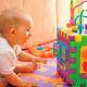 Умственное развитие ребенка в 6 месяцев при помощи игр