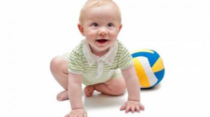 Развивающие игры с ребенком в 8 месяцев