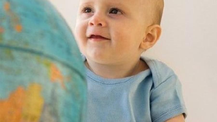 Психоэмоциональное развитие ребенка в 9 месяцев. Как преодолеть страхи?