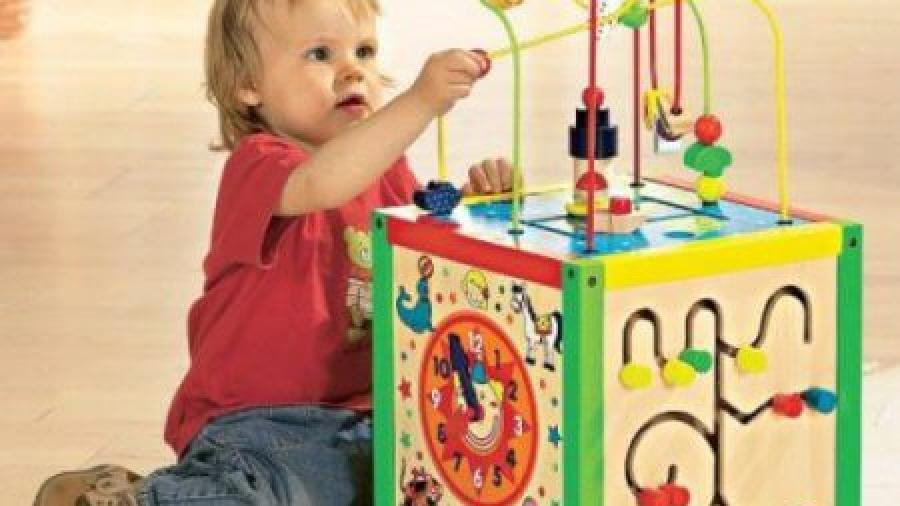 Роль развития мелкой моторики у ребенка в 10 месяцев