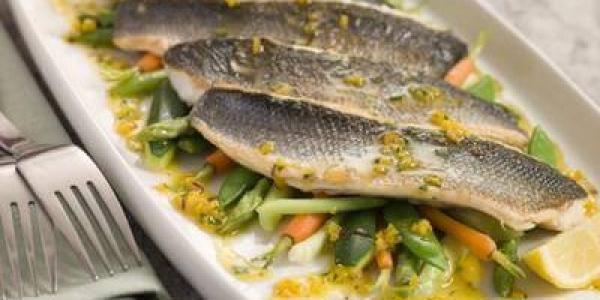 Какую рыбу можно есть кормящей маме?