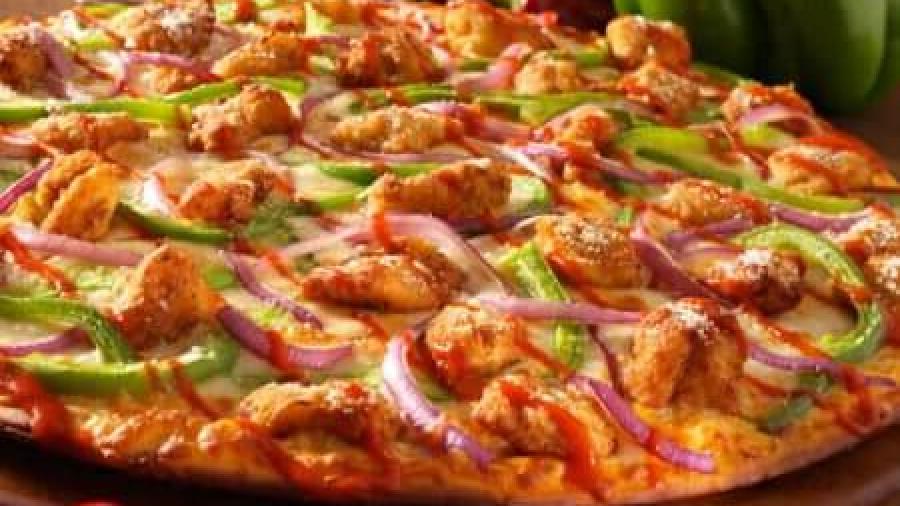 Можно ли кормящей маме пиццу?