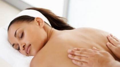 Можно ли кормящей маме делать массаж?