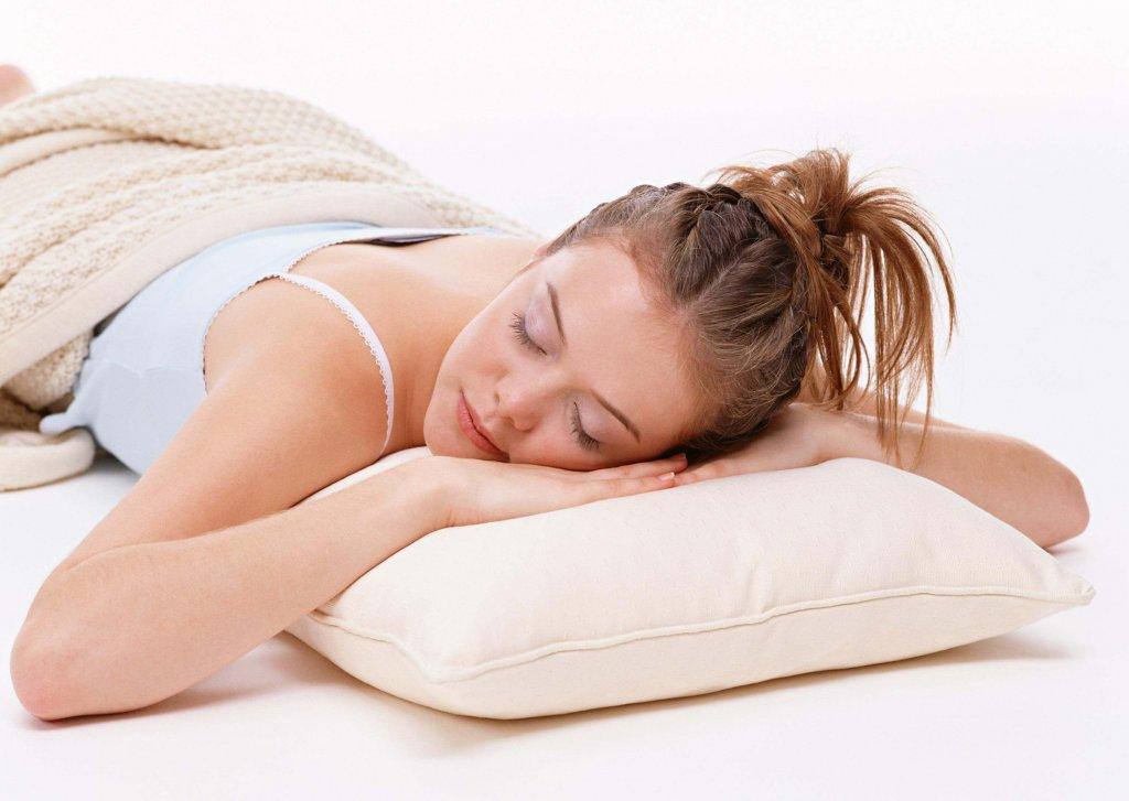 спать на животе для похудения