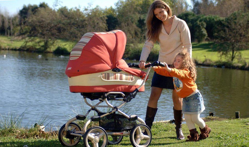 Прогулка с новорожденным