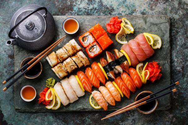 Как употребление суши влияет на микрофлору