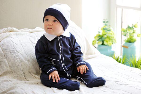 Какой должна быть одежда для новорожденного